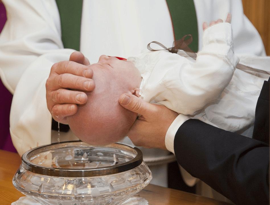 Organisation der Taufe – wichtige Vorbereitungen und Tipps