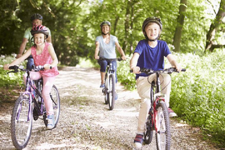 Fahrradtour mit Kindern - was es alles zu beachten gilt