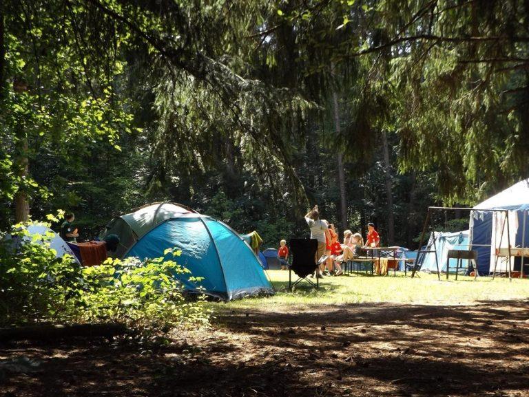 Camping in den Sommerferien – Mit fünf Tipps zum Ferienspaß